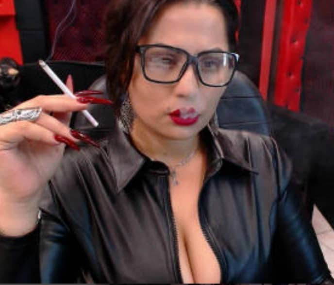 sexy women smoking, fetish cams, women in glasses