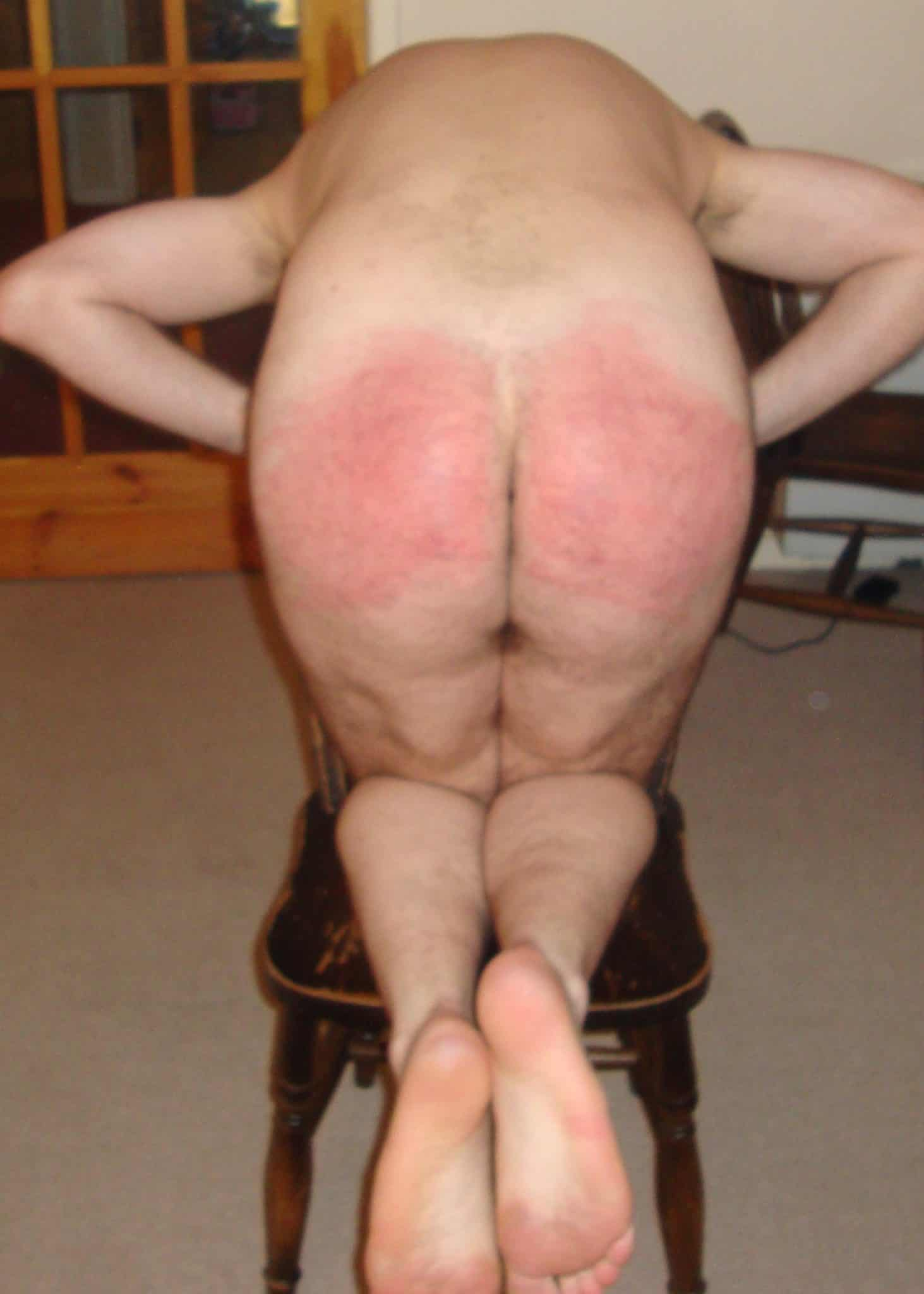 spanking cams, live over the knee spanking, spanking pictures, spanking stories, spanking blog